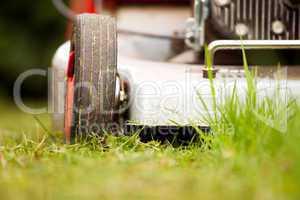 Rasenmäher im Freien