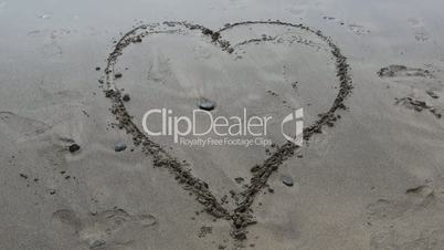 Heart in Sand Deletion