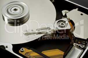 hard disk drive zero-five (moving head)