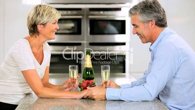 Ehepaar in der Küche
