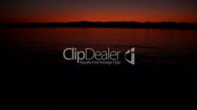 Starnberger See: Wasseroberläche in der Abenddämmerung