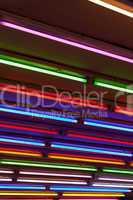 abstrakte bunte Neonröhren