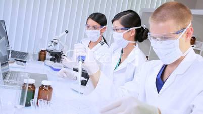 Drei Wissenschaftler