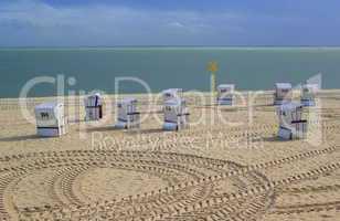 Strandkörbe am Strand auf Sylt