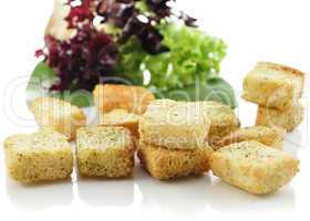 croutons and salad leaves