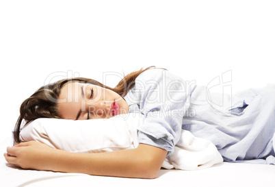 schlafende schöne frau im schlafanzug