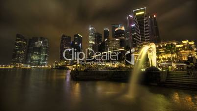 Timelapse Merlion with Skyline