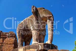 Elephant statue in Pre Rup temple