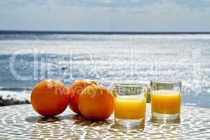 Orangen frisch gepresst