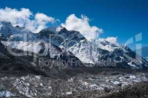 glacier and peaks not far Gorak shep and Everest base camp