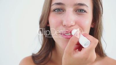 Frau mit Lipgloss