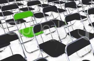 Ein Klappstuhl in der Menge Grün Schwarz
