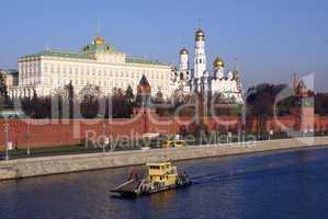 Kremlin and boat