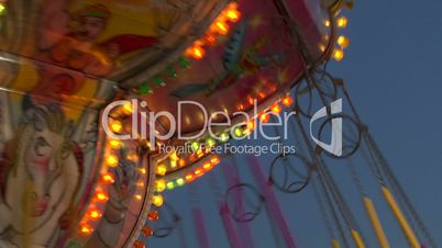 chain carousel slow motion 04