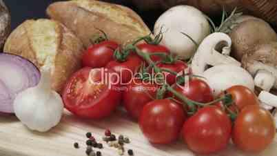 Kranfahrt von Gemüsekorb auf Vesperplatte