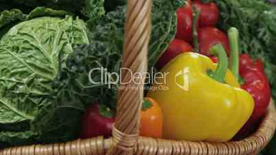 Gemüsekorb leicht bewegt