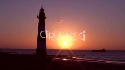Leuchtturm bei Sonnenuntergang
