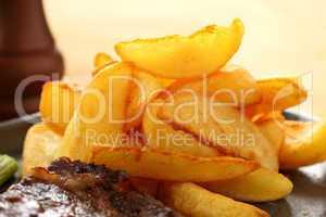 Crisp Potato Wedges