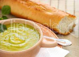 Pea Siup Abd Bread
