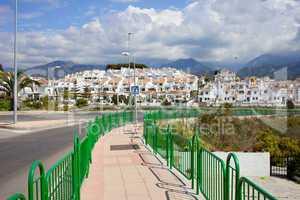Punta Lara Pueblo Blanco