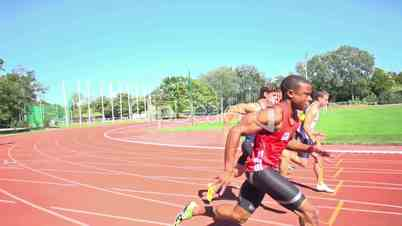 100m sprinters starting slow motion