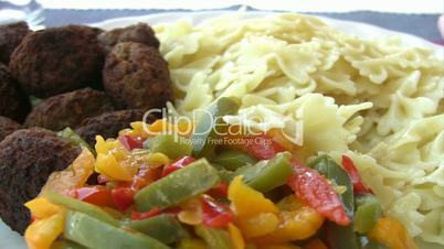 Pasta with meatball and pepper