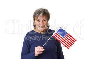 Seniorin mit amerikanischer Nationalflagge