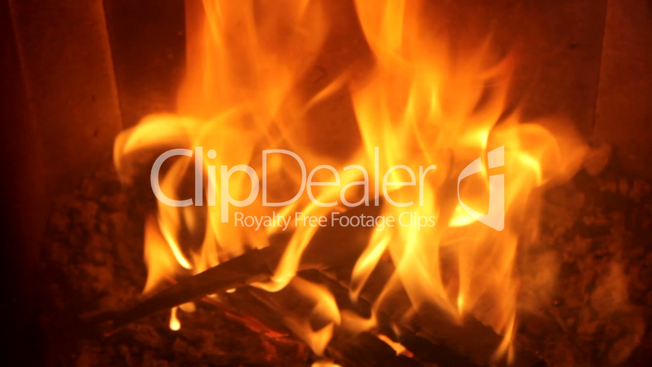 feuer im kaminofen lizenzfreie stock videos und clips. Black Bedroom Furniture Sets. Home Design Ideas