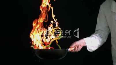 Brennende Pfanne
