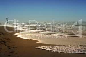 Wellen der Nordsee mit Brandung und Gischt