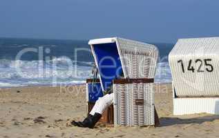 Urlaub mit Entspannung im Strandkorb auf Sylt