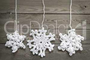 gehäkelte Schneeflocken