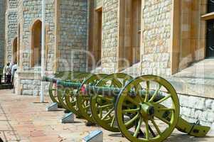 Guns near Jewel house
