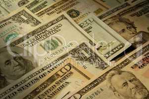 U.S. banknotes of various denominat