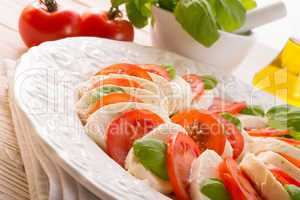 tomato with mozzarella cheese