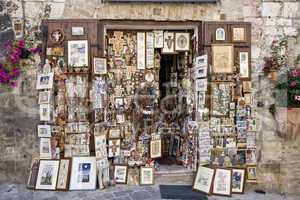Souvenir shop in Assisi