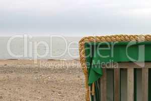 Strandkorb außerhalb der Saison off-season beach chair
