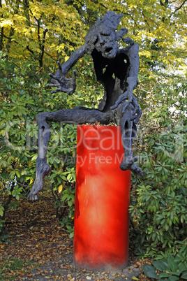 Skulptur prophet von wilfried koch im skulpturenpark for Koch rietberg