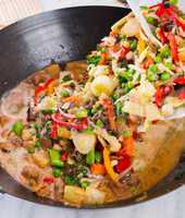 Wok frying pan