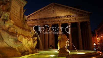 Details of the Pantheon - historical monument of Rome, time-lapse