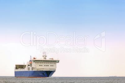 Fährschiff auf der Ostsee bei Kiel