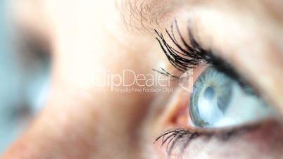 Woman - Beautiful Eyes - Looking