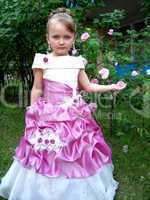 little sympathetic girl - princess
