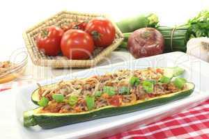 gefüllte Zucchinis