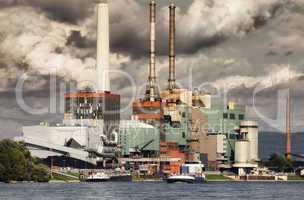 Kohlekraftwerk für Fernwärme und Strom
