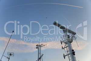 Radargerät auf einem Schiff
