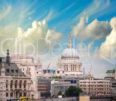 London skyline with St Paul Cathedral and surrounding buildings