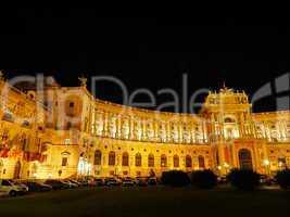 Österreichische Nationalbibliothek bei Nacht