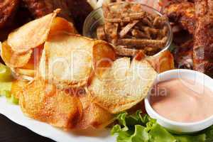 Delicious crunchy snacks with sauce