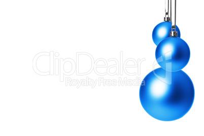 weihnachtskugeln blau h ngend lizenzfreie bilder und fotos. Black Bedroom Furniture Sets. Home Design Ideas